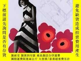二手書博民逛書店Marimekko:罕見Fabrics Fashion Arch