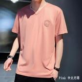 夏季短袖T恤男士韓版流寬鬆打底衫男裝上衣服牌V領半截袖體恤 KP1652【Pink 中大尺碼】