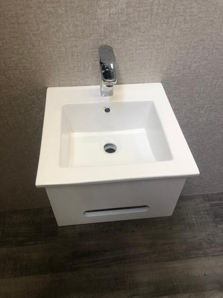 *人氣推薦。小資必買!衛浴設備 寬41cm臉盆+短櫃(無收納功能) 下開孔可掛毛巾 附水龍頭及配件