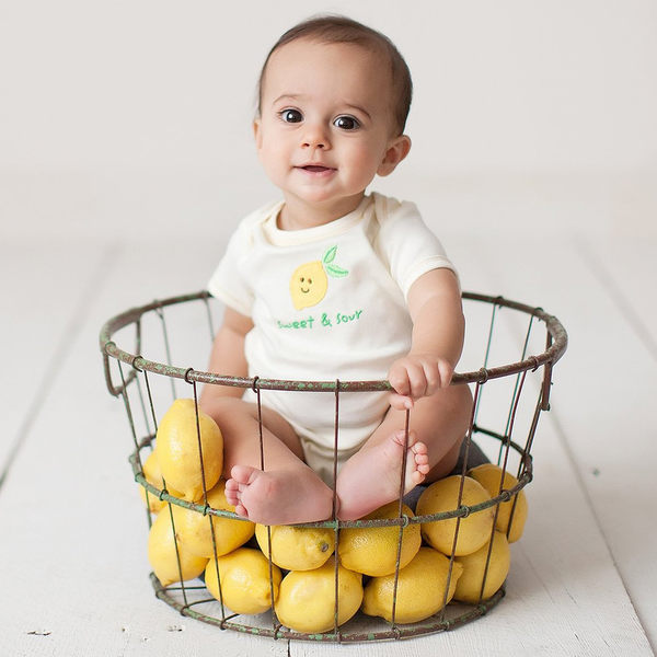 Luvable Friends 有機棉短袖包屁衣 - 淺黃小檸檬 68265