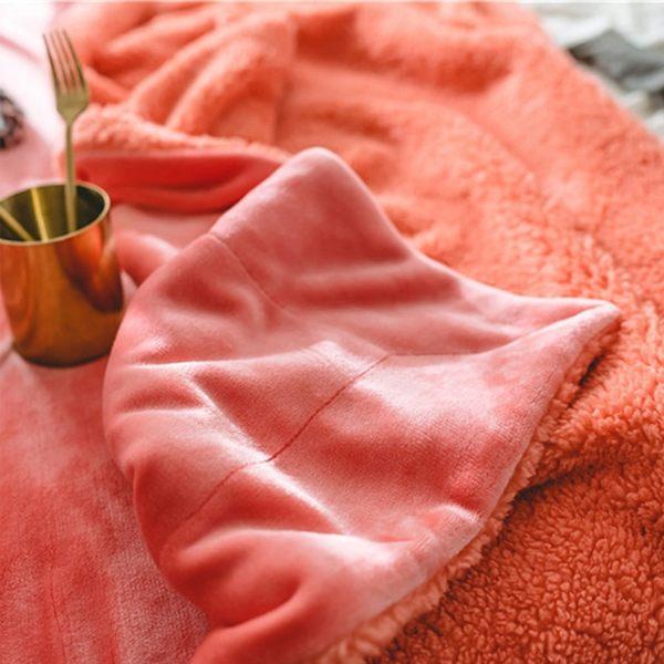 [現貨] 極致奢華頂級羊羔絨多功能毛毯 雙層絨毛超柔寶寶絨軟純色雙拼保暖禦寒毯子【QZZZ7205】