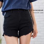 休閒褲--休閒個性風金屬扣高腰條紋破洞毛邊織帶水洗牛仔短褲(黑XL-5L)-R220眼圈熊中大尺碼