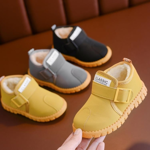 兒童雪地靴男童中筒靴子加絨寶寶棉靴防水2020新款冬季鞋女童短靴 童趣潮品