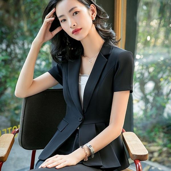 美之札[8S019-PF]個性單側口袋翻領OL短袖西裝外套~上班/面試
