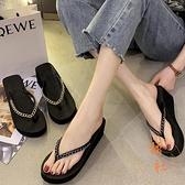 夾腳拖鞋女外穿坡跟時尚人字拖鞋高跟涼拖【橘社小鎮】