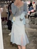 連身裙女收腰顯瘦v領氣質蕾絲網紗拼接藍色格子魚尾裙溫柔風長裙 童趣屋