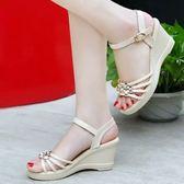 新款韓版厚底楔形涼鞋女水鑚厚底高跟鞋防水台休閒中跟女鞋子  卡布奇諾