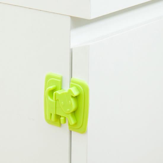 ✭米菈生活館✭【Q311】小狗造型移動安全鎖 兒童 防護 冰箱 櫥櫃 鎖扣 防夾 掉落 保護 直角 黏貼