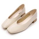 Hong Wa 時尚氣質‧牛皮V口粗低跟包鞋 - 米白