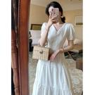蛋糕裙洋裝 2020夏季新款初戀女孩純色刺繡連衣裙法式復古泡泡袖溫柔風蛋糕裙