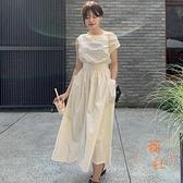桔梗連衣裙女法式斜領露肩顯瘦褶皺收腰雙口袋寬鬆無袖長裙【橘社小鎮】