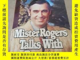 二手書博民逛書店MISTER罕見ROGERS TALKS WITH PARENT