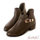 amai 《Lisa莉莎》五角金屬釦木紋粗跟踝靴 卡其