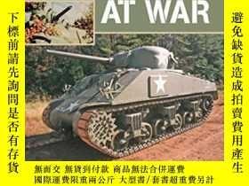 二手書博民逛書店M4罕見Sherman At War-M4謝爾曼在戰爭中Y436638 Michael Green; Ja..