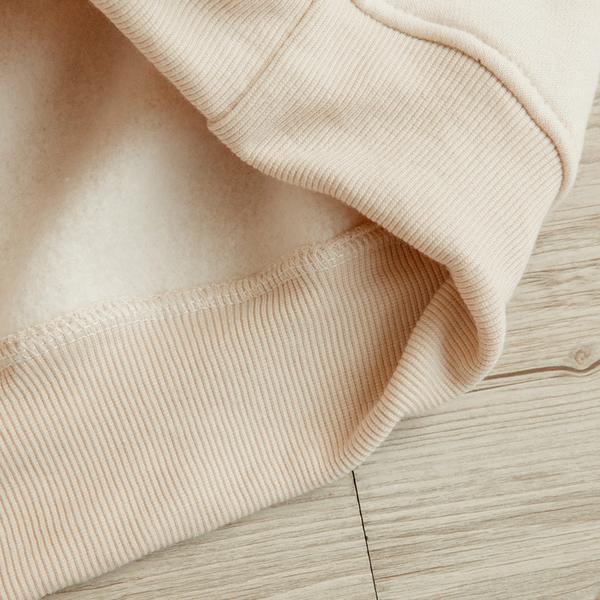 MUMU【T11249】字母刺繡落肩刷毛抽繩帽T。三色