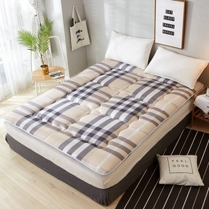 【買一送一】100%純棉日式床墊(單人3X6.2尺-3色可選)時尚圈綠