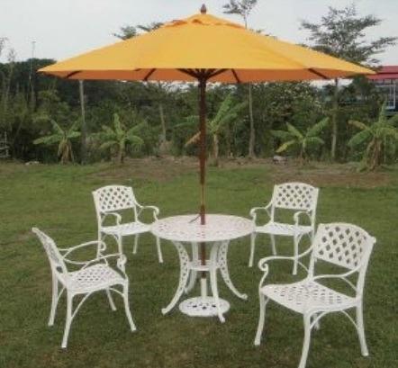 【南洋風休閒傢俱】戶外休閒桌椅系列-編織~編織傘座桌椅組 戶外餐桌椅組 適民宿 餐廳 (#301A #300 )