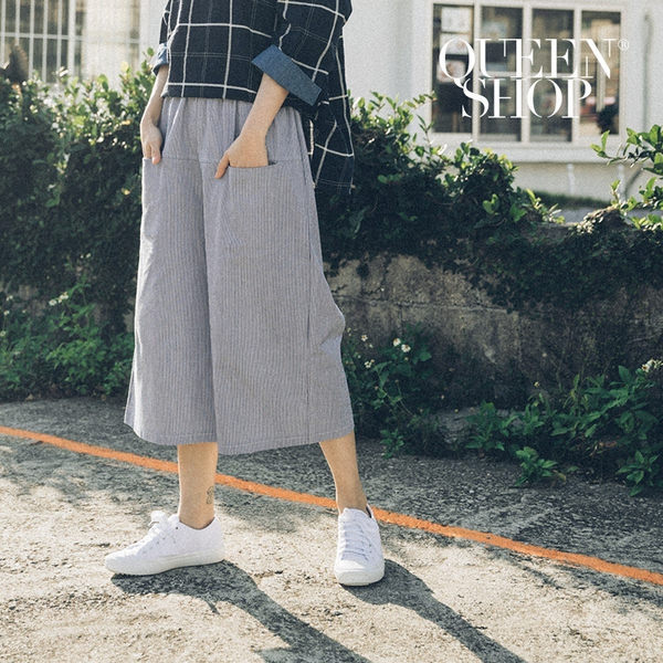 Queen Shop【04110081】細直條口袋造型棉麻寬褲 S/M*預購*