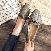 【新品促銷價★五折↘$699】品牌自訂款.MIT百搭舒適格紋蝴蝶結平底包鞋.白鳥麗子