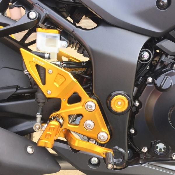 機車兄弟【FAKIE】腳踏後移全組 SUZUKI GSX-R/S150、YAMAHA MT15/R15多色可選 可搭配反打