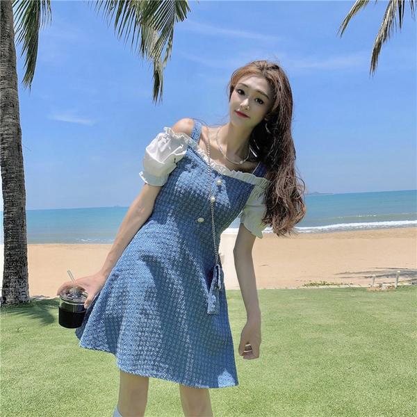 VK精品服飾 韓系格紋藍拼接燈籠袖細肩帶大碼短袖洋裝