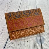 BRAND楓月 LOEWE 羅威 焦糖色 咖啡色 彩色LOGO 滿版 壓扣式 三折 中夾 皮夾 錢包