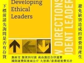 二手書博民逛書店Developing罕見Ethical Leaders: New Directions for Student L