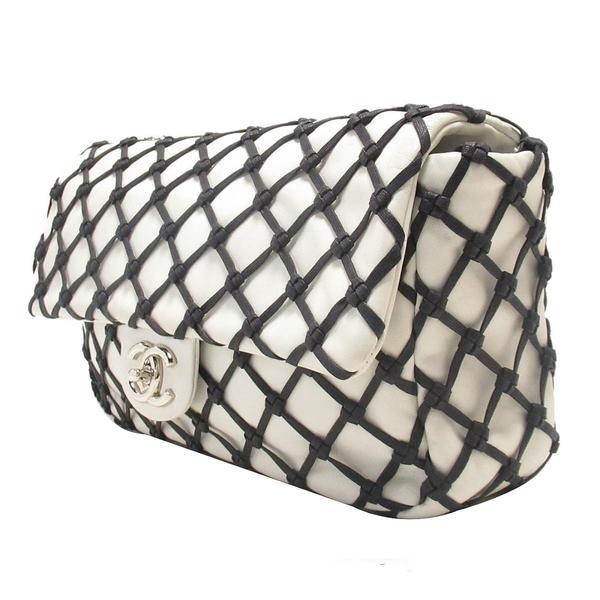CHANEL 香奈兒 白色牛皮黑色繩結銀釦肩背包 Canebiers Flap Bag【二手名牌BRAND OFF】