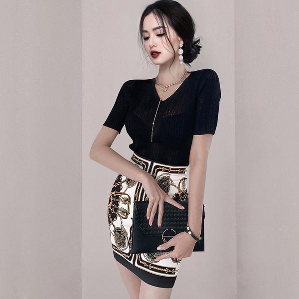 VK旗艦店 韓系修身上衣鏈條花包臀短裙性感套裝短袖裙裝