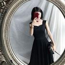 無袖洋裝連身裙女夏新品正韓高腰氣質優雅大擺吊帶無袖黑色中長裙