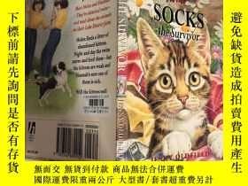 二手書博民逛書店Socks罕見the survivor 給幸存者穿襪子Y200392