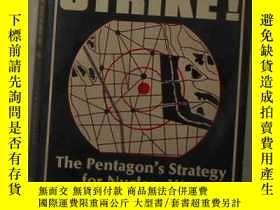 二手書博民逛書店英文原版罕見First Strike! by Robert C.