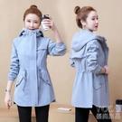 風衣 風衣女中長款冬季新款韓版加厚流行女士洋氣小個子連帽外套潮 快速出貨