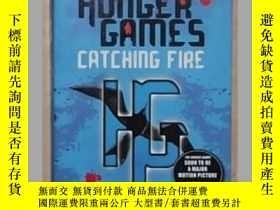 二手書博民逛書店英文原版罕見The hunger games Catching