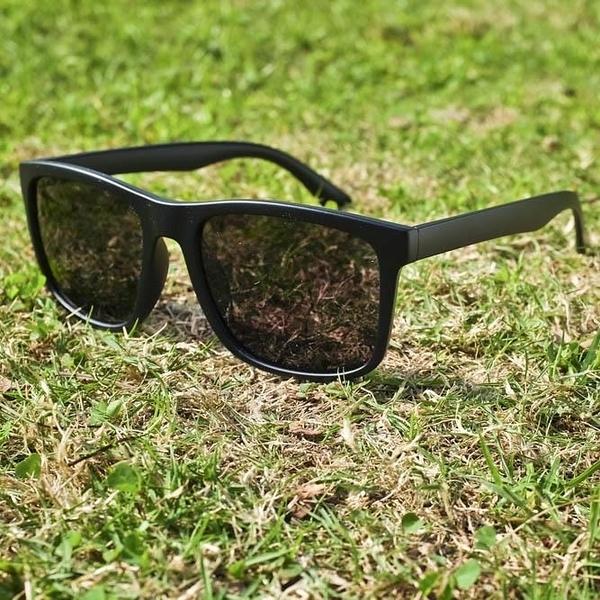 【南紡購物中心】2is ElanD 太陽眼鏡 偏光│百搭方框│黑色│抗UV400