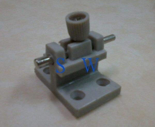 HE802 落地門門 802型(塑膠材質-鎖心鐵製) 氣密窗閂 氣密門閂 栓座 高閂 高腳門閂 門栓 高閂