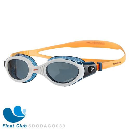 【零碼出清】Speedo 成人運動鐵人泳鏡 舊款紙盒 Futura Biofuse Tri 偏光 大視野 舒適不壓迫