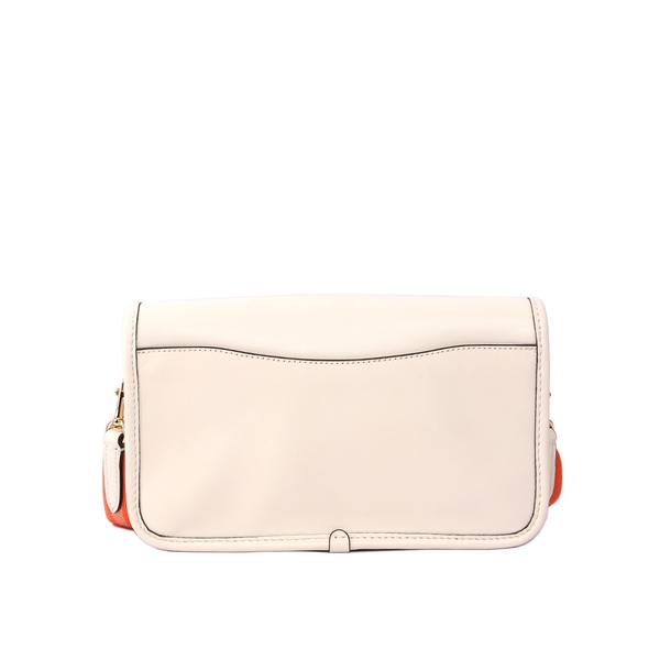 【COACH】皮革補釘系列星星/兔子翻蓋斜背包(白色)F20913 IMCHK