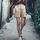Queen Shop【04130076】高腰後鬆緊素色短褲 兩色售 S/M/L*現+預*