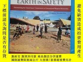 二手書博民逛書店TO罕見WALK THE EARTH IN SAFETY (20