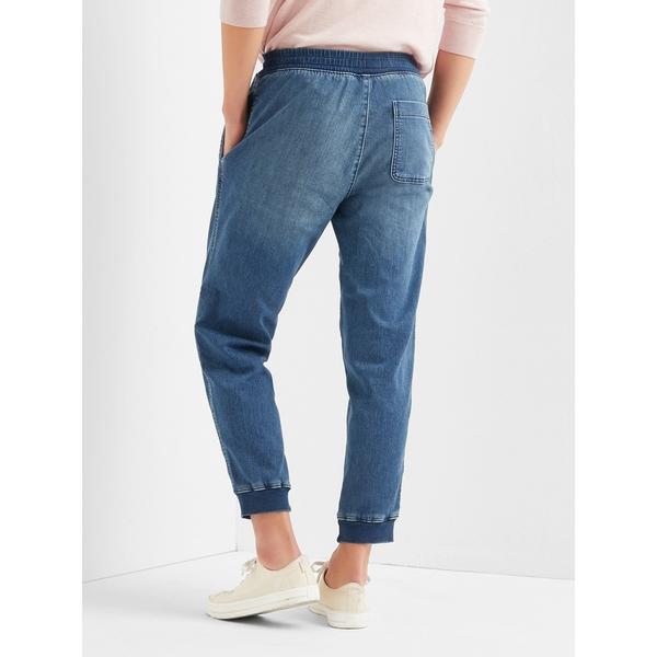 Gap男裝 靛藍水洗束腳牛仔褲 199474-中度水洗