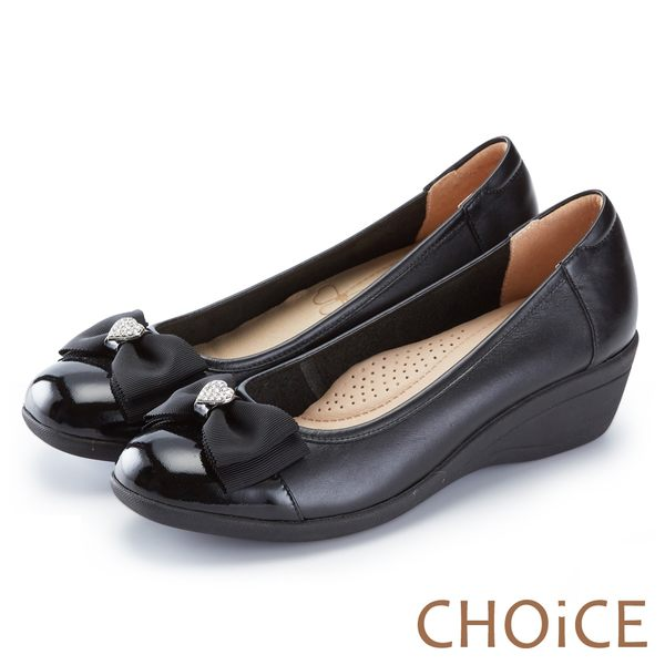 CHOiCE 舒適甜美 蝴蝶結愛心鑽飾牛皮坡跟鞋-黑色