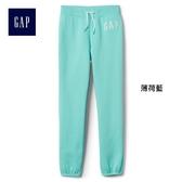 Gap女童 logo刷毛中腰兒童運動褲 柔軟彈力長褲 900897-薄荷藍