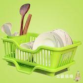 一件8折免運 瀝水架廚房瀝水碗架碗筷餐具收納盒放碗碟滴水碗盤置物架櫃角架籃藍xw