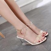 夏季新款高跟涼鞋女鬆糕底魚嘴水晶鞋透明水鑚交叉帶韓版坡跟涼鞋