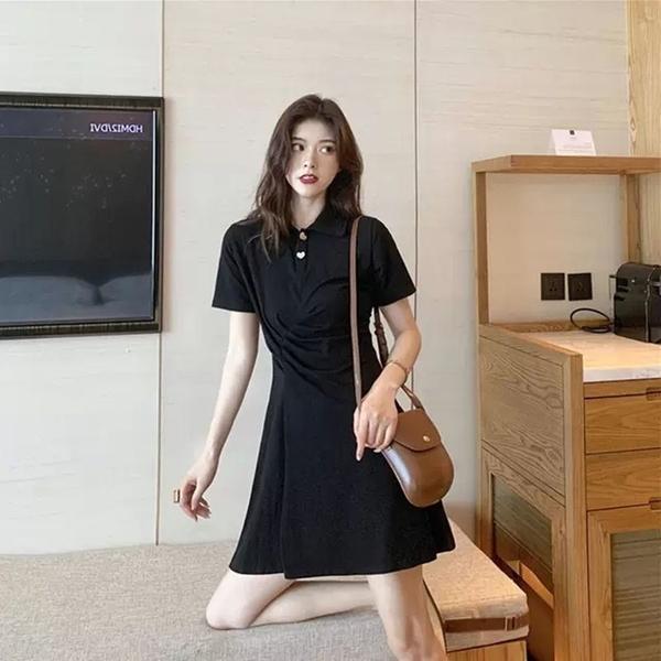 EASON SHOP(GQ0984)韓版赫本風純色側邊抓皺收腰排釦POLO衫短袖連身裙洋裝女傘狀A字裙包臀膝上短裙
