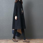 中大碼洋裝 文藝范女裝洋氣大碼洋裝秋冬韓版寬松燈芯絨加絨高領衛衣洋裝