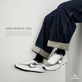 Nike Waffle One 男鞋 灰白 小Sacai 解構 輕量 休閒鞋 DA7995-100