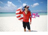 來福妹外套,V285泳衣強夏情侶長袖外套單男生一件是750元,