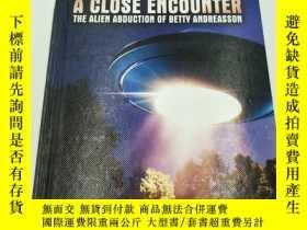 二手書博民逛書店A罕見Close Encounter: The Alien Ab